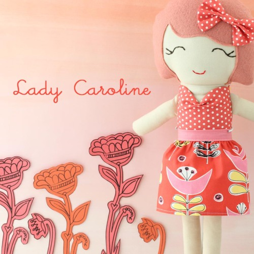 img_3986-lady-caroline-pink-backdrop